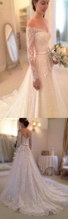 2017 Long Sleeve Off The Shoulder Lace Elegant Vintage Wedding Party Dresses. WD0220