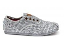 Have always wanted a pair of these for the winter. Grey Harper Women's Cordones #Toms