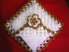 porta guardanapo de croche   Luthy - Arte em Crochê: Porta Guardanapos Dourado