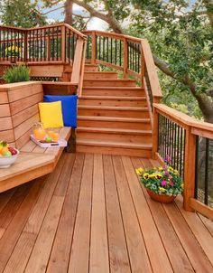 Awesome Deck Railing Ideas that will blow your mind Wood Deck Railing, Steel Railing, Railing Ideas, Deck Decorating, Decorating On A Budget, Deck Design, House Design, Victorian Design, Diy Deck