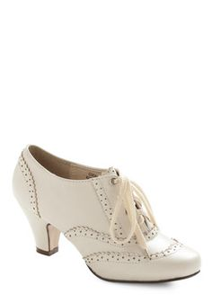 Would these shoes go with a green dress?     - Heidi Dance Instead of Walking Heel in Ivory, #ModCloth