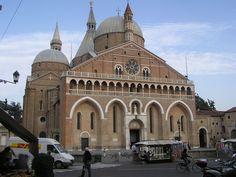 Bazylika św. Antoniego w Padwie – Wikipedia, wolna encyklopedia