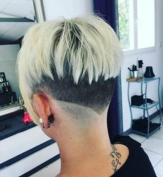 Shaved Pixie Cut, Half Shaved Hair, Shaved Nape, Girls Short Haircuts, Short Hairstyles For Women, Trendy Hairstyles, Super Short Hair, Short Hair Cuts, Short Hair Styles