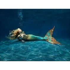 Be Inspired to Live Your Fantasea with Swimmable Mermaid Tails. Be a mermaid, merman, or other beautiful creature of the sea! Custom made silicone mermaid and fabric mermaid tails. Real Mermaids, Mermaids And Mermen, Pretty Mermaids, Fantasy Mermaids, Underwater Photos, Underwater Photography, Art Photography, Mermaid Tails For Sale, Choses Cool