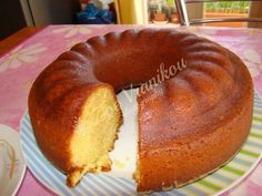 Greek Sweets, Greek Desserts, Sweet Pastries, Sweets Recipes, Cake Pops, I Foods, Doughnut, Deserts, Food And Drink