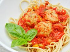 One Healthy Munchkin: How bout these meatballs?