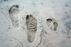 Father and Son Footprints Daddy And Son, Dad Son, Father And Son, Daughter, Husband, Father Son Photos, Mommy And Me Photo Shoot, New Journey, Family Photos