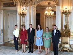 Foro Hispanico de Opiniones sobre la Realeza: ALmuerzo en palacio