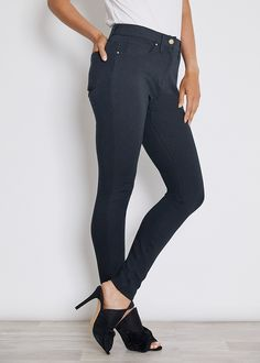 Style Essentials, Fashion Essentials, Ponte Pants, Easy Wear, 30 Years, Female Bodies, Black Pants, Autumn Fashion, Classy