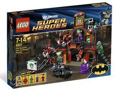 Coolest LEGO Batman set ever! Dynamic Duo Funhouse Escape 6857