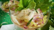 Необычный салат из дыни, лука и зеленого перца — Вкусные рецепты