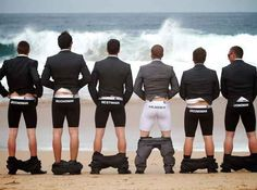 Take funny pictures with the groomsmen
