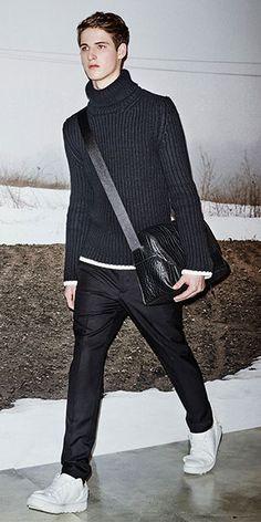 INVERNO 2016: aos poucos, gola rulê volta a ser apresentada como opção de look meia-estação do guarda-roupa casual | Chic - Gloria Kalil: Moda, Beleza, Cultura e Comportamento