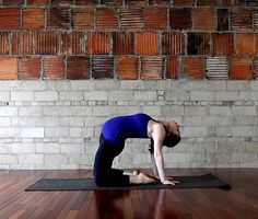 Bye bye lower back pain: Yoga sequence for mommies to be