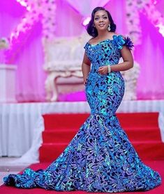 Popular Nigerian Velvet lace with sequins lace fabric African tulle lace fabric for Evening Dresses Lace Gown Styles, Ankara Gown Styles, Ankara Gowns, African Lace, African Dress, African Wear, African Fabric, Long Gown Images, Nigeria Fashion