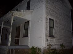 Capone's Place Purgatory MI. (Look alike) Paranormal, Southern Gothic, Ghost Hunting, Dark Places, Christen, American Horror Story, Abandoned Places, My Dream, Creepy