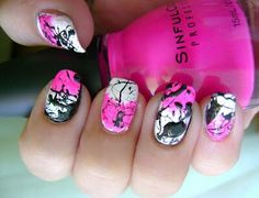 You can create this look with using straws as nail art tools x