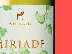 Miriade  Designed for: Ruska, Martín, Associates Wine label