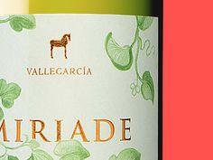 Miriade  Designed for: Ruska, Martín, Associates Wine label
