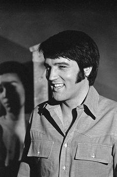 """""""Change of Habit""""Elvis Universal** B. Elvis Presley Memories, Elvis Presley Graceland, Elvis Presley Photos, Davy Jones, Most Handsome Men, Handsome Boys, Change Of Habit, Elvis Memorabilia, Great Smiles"""