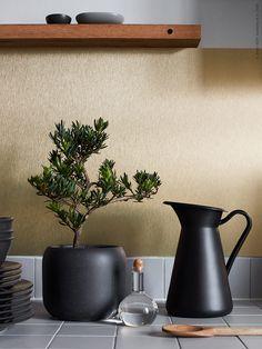 IKEA Livet Hemma - interior design and inspiration for your home Ikea Kitchen, Kitchen Interior, Home Interior Design, Kitchen Decor, Interior Ideas, Black Kitchens, Home Kitchens, Ikea Plants, Teintes Pastel