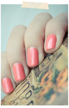 Bourjois - Corail Magique c Beauty And More, My Beauty, Beauty Nails, Coral Nail Polish, Coral Nails, Holiday Nails, Christmas Nails, Toe Nail Color, Nail Art