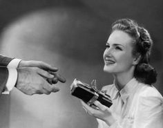 Valentine's Gifts Through the Ages: Valentine's Day in the 1940s