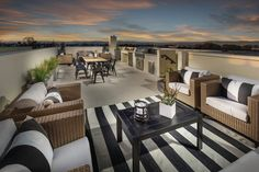 The rooftop decks at MBK Homes' Ebb Tide property include an outdoor kitchen suite of appliances. Famous Beaches, Rooftop Deck, Patio Roof, Outdoor Furniture Sets, Outdoor Decor, Newport Beach, Contemporary Architecture, Living Spaces, Living Rooms