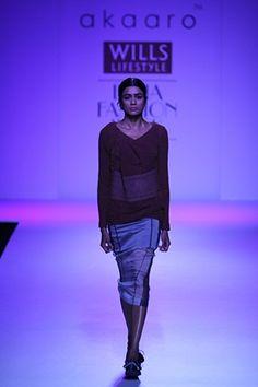 Akaaro by Gaurav Jai Gupta. WLFW A/W 14'. Indian Couture.