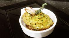 Batatas Laminadas na manteiga de alho e ervas finas | Vcmaischef