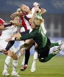 I looove soccer