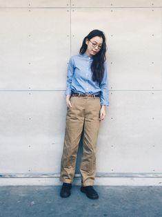 阿久津ゆりえさんのシャツ・ブラウス「UNIQLO 」を使ったコーディネート