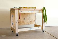 DIY Folding Mobile Workbench Modifications Build a DIY Workbench that folds out of the way when you Antique Woodworking Tools, Woodworking Magazine, Popular Woodworking, Woodworking Bench, Woodworking Shop, Woodworking Crafts, Woodworking Basics, Woodworking Workshop, Woodworking Classes