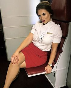 21 Slightly Racy Photos Of The Hottest Female Cabin Crew The Airlines Tried To Ban! Flight Attendant Hot, Airline Uniforms, Female Pilot, Military Women, Girls Uniforms, Cabin Crew, Sexy Stockings, Sexy Legs, Beauty Women