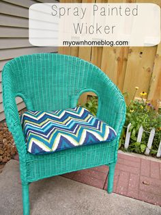 Charmant Spray Painted Wicker Chair @myownhomeblog.com Outdoor Pool Furniture,  Outdoor Wicker Chairs,