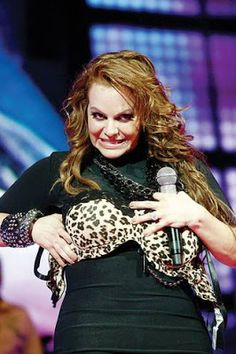 Miss you diva Duchess Kate, Duchess Of Cambridge, Celebrity Couples, Celebrity News, Jennifer Rivera, Tanya Burr, Divas, Blues Music, Pop Music
