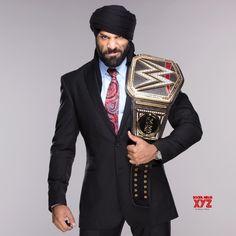Narendra Kumar designs robe fit for WWE superstar Jinder Mahal - Social News XYZ Wrestling Rules, Wrestling Stars, Wrestling Wwe, Wwe Pictures, Wwe Photos, Jinder Mahal, Wwe Live Events, Wwe World, Wwe Champions