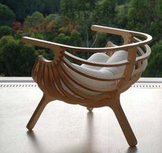 Оригинальное кресло из фанеры