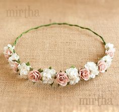 Flower crowns - Swan Crown - This half crown of flowers for the hair will give a delicate and romantic air to your look, both fo - Flower Girl Hairstyles, Wedding Hairstyles, Flower Tiara, Flower Crowns, Floral Headpiece, Wedding Hair Pieces, Floral Crown, Diy Flowers, Baby Headbands