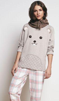 Oysho - Cute pajamas and loungewear one of my favorite brands Pyjamas, Cozy Pajamas, Satin Pyjama Set, Pajama Set, Womens Fashion Online, Latest Fashion For Women, Pijamas Women, Tartan Pants, Womens Pyjama Sets
