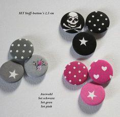 Set Stoffbutton  3 Button´s Set schwarz,grau,pink von Kreawusel-Schmuck  auf DaWanda.com