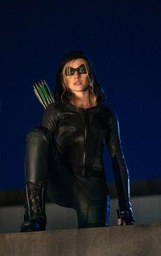Arrow Tv Shows, Arrow Tv Series, Cw Series, Arrow Comic, Henry Danger Nickelodeon, Oliver Queen Arrow, Timothy Drake, Dc Comics Girls, Defenders Marvel