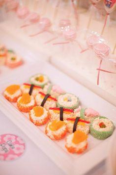Kokeshi Doll 1st Birthday Party with SO MANY CUTE IDEAS via Kara's Party Ideas | Kara'sPartyIdeas.com #1stBirthday #Girl #PartyIdeas #Supplies (19)