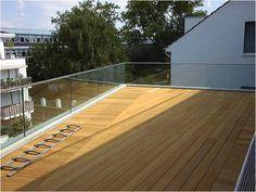Garde corps terrasse en verre avec main courante en inox
