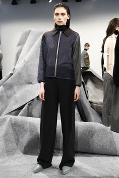 Vladimir Karaleev Berlin Fall 2016 Fashion Show