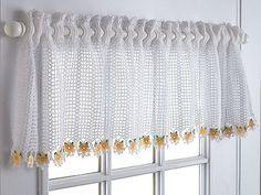 Daisy Valance pattern by Diane Stone