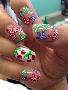 Star Fish nail art @mynameischerry @vanam82