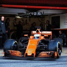 #Repost @mclaren  The MCL32 lays rubber for the first time in today's Barcelona filming day. #F1 #McLarenHonda #MCL32