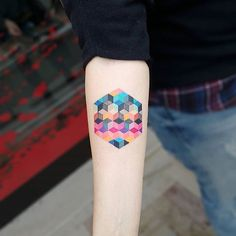 #Tattoo by @matteonangeroni  #⃣#Equilattera #tattoos #tat #tatuaje #tattooed #tattooartist #tattooart #tattoolife #tattooflash #tattoodesign #tattooist  #bestoftheday #original #miami #mia #creative #florida #awesome #love #ink #art #design #artist #illustration #dotwork #colorful #geometric #colors