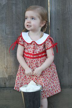 vintage feedsack dress tutorial (and free 2/3T pattern!)